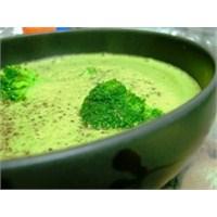 Kolay Brokoli Çorbası Tarifi