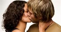 öpüşmekten  Vazgeçmeyın