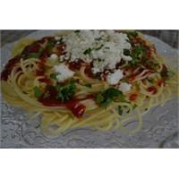 Anneminelinden Spagetti Makarna