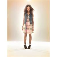 Cool Bir Yaz İçin Elbiseler: Levi's İlkbahar 2012