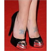 Trend: Metalik Burunlu Ayakkabılar