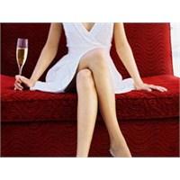 Bacak Bacak Üstüne Atmak Hasta Eder Mi?
