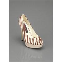 Paris Hilton Markası Ayakkabı Modelleri: Yeni Moda