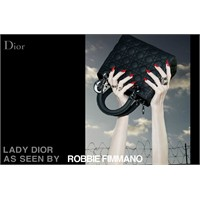 Dior İle Sanat Eseri Çantalar