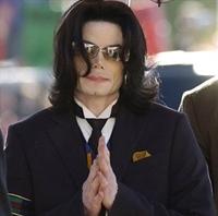 Michael Jackson Ölmedi Mi