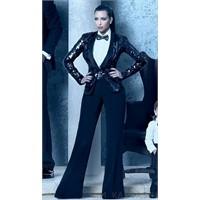 Kardashian'ların 2011 Yılbaşı Kartı