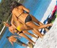 Plaja İnerken Göbeğinizi İndirin !