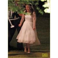 Natalie Portman Evlendi Peki Ya Gelinliği Nasıl?