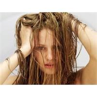 Saç Dökülmesini Önlemek Elinzide...