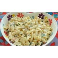 Leziz Makarna Salatası