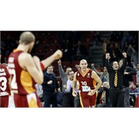 Galatasaray Son 16 Takım Arasında!