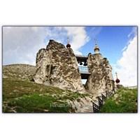 Kayaların Arasında Mabed | Mağara Manastır | Rusya