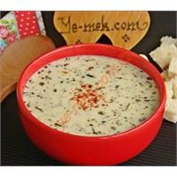 Yayla Çorbası (Yoğurtlu Çorba)