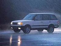 Yağmurlu Havalarda Araç Sürüşü Nasıl Olmalı?