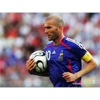 Yeşil Gözlü Sihirbaz: Zinedine Zidane