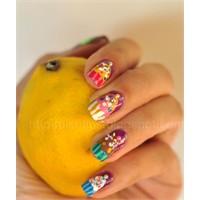 Cupcake'i Çok Seviyorum, Parmaklarımı Yiyoruuum