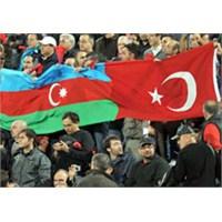 Azeri Spikerin Türkiye- Romanya Maçı Heyecanı