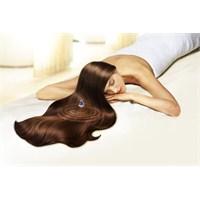 Saçlarınıza Nem Terapisi İle Etkili Bakım