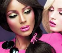 Barbie Makyajı Nasıl Yapılır?