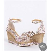Hem Ucuz Hemde Renkli Ayakkabı Trendleri