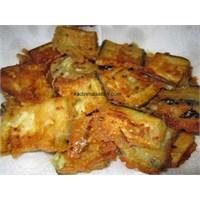 Unlu Sarımsaklı Yoğurtlu Patlıcan Kızartması