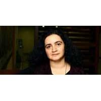 Karin Karakaşlı'yla Hüzünlü Bir Röportaj