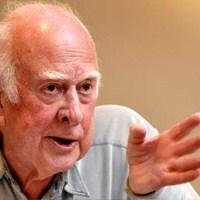 Peter Higgs: Ateistim, Tanrı Parçacığı Demeyin!