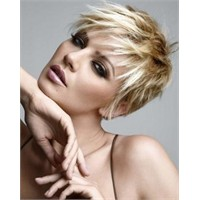 Bayanlara Kısa Saç Modelleri