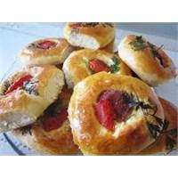 Pratik Mini Pizza Tarifi