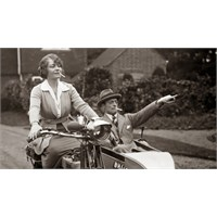 Kadınların Dilinden 1920'lerde Aşk...