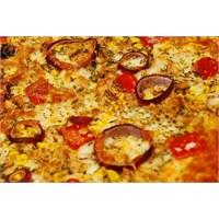 Ton Balıklı Ev Pizzası