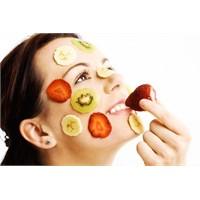 Cildinizi Işıldatan Yiyecekler