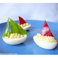 Yumurtalar Ve Yelkenler Fora