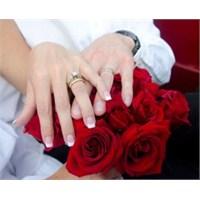 İzmir'de Boşanmalar Arttı