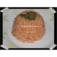 Dna'dan Domatesli Pirinç Pilavi Tarifi