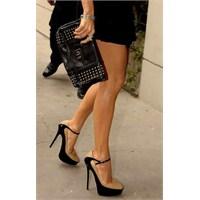 Her Kadının Sahip Olması Gereken Ayakkabı Ve Çanta
