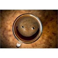 Kahve İçmek Mutluluk Hissini Arttırıyor