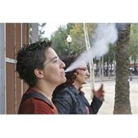 Hanımlar Sakın Sigara İçmeyin!