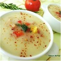 Sebzeli Kuşkonmaz Çorbası