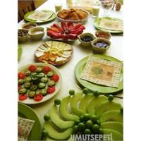 Biberli Salatalık Ve Biber Dolması Tarifleri