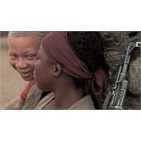 Savaş Cadisi…kim Nguyen…