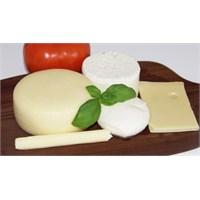 Sağlıklı Beslenmek İçin Peynir Tüketin