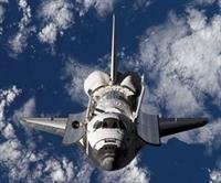Discovery, Perşembe Günü Dünya ya Dönüyor