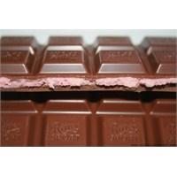 Ritter Sport Çilekli Yoğurtlu Sütlü Çikolata