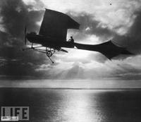 İnsan Uçmaya Çalışınca insan Uçmaya Çalışınca