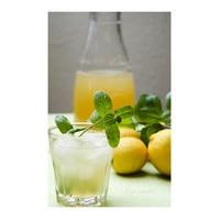Soğuk Bir Limonata Yapmanın İki Farklı Tarifi