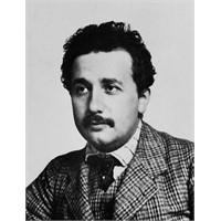 Albert Einstein'in 1905 Yılı Kronolojisi