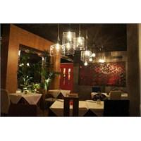 Andrea Langhi'den İtalya'da Pepperoni Restaurant