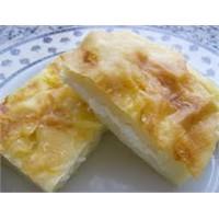 Pratik Peynirli Tepsi Böreği