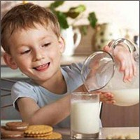 Çocuklar Devamlı Süt İçmiyor